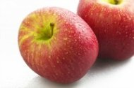 Blood thinning fruits apples