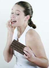 Dark chocolate contains catechin like in green tea that can help you lose weight!